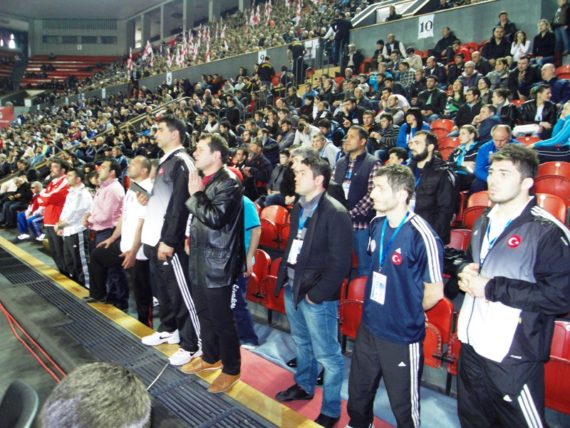 Gürcistan'ın başkenti Tiflis'teki Tbilisi Sport Palace'da bugün sona eren şampiyonada, Atakan Yüksel, grekoromen stil 66 kiloda bronz madalya mücadelesine çıktı. Fransız Artak Margaryan ile karşılaşan Atakan Yüksel, rakibine 2-1 yenildi ve beşinci oldu.